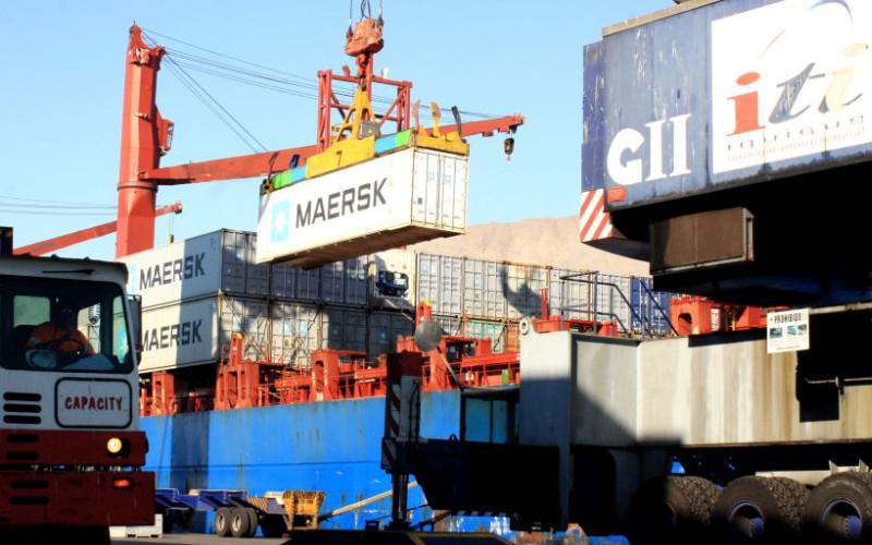 Comercio exterior chileno crece 11,8% en 2017
