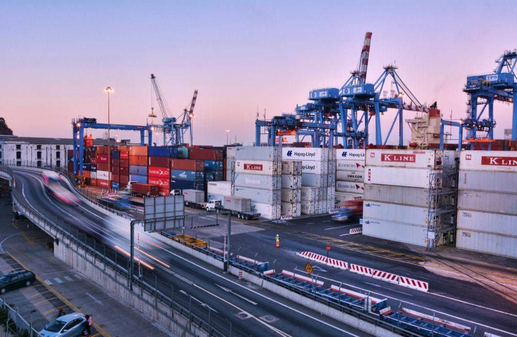 Chile movilizó un 96,8% de sus exportaciones en toneladas por vía marítima